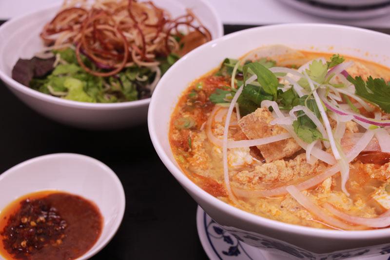 D2. Chef's Crab Noodle Soup