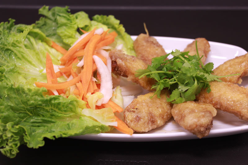 D10. Chef's Wings